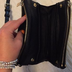 Michael Kors Bags - Michael Kors black cross body purse